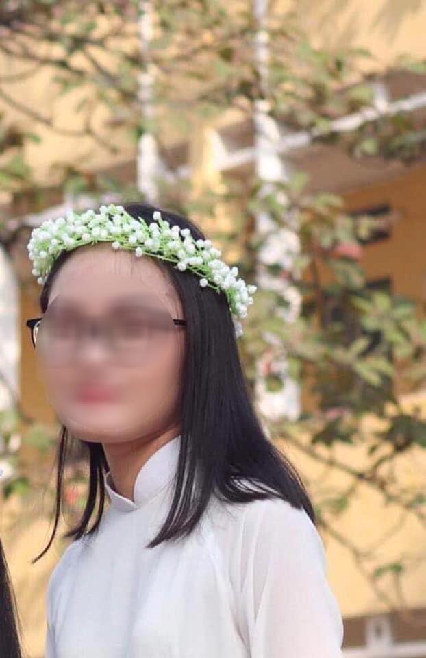 Tin buồn - Những hình ảnh cuối của nữ sinh Học viện ngân hàng bị sát hại: Thi ĐH 27 điểm, ngoan ngoãn - Hình 7
