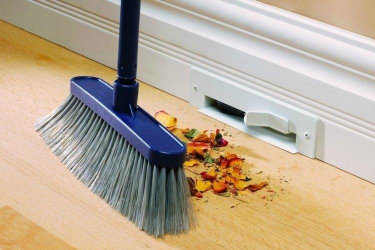 Quét nhà vào 3 thời điểm này là quét sạch tài lộc, gia chủ nhớ kỹ kẻo phạm đại kỵ - Hình 1