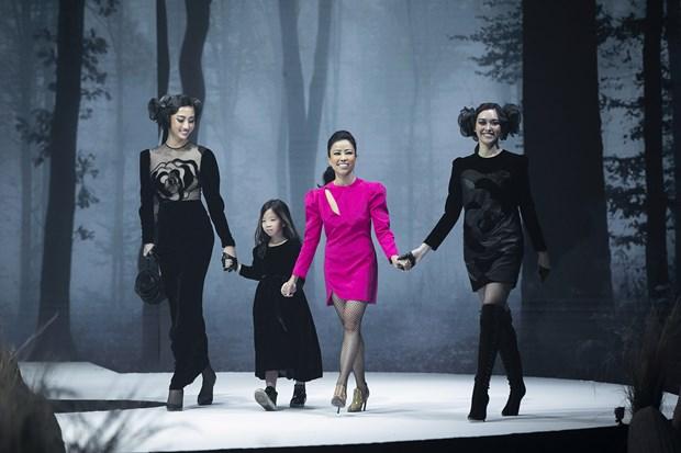 Vietnam Runway Fashion Week 2020 khai màn: Giấc mơ Rừng hồi sinh... - Hình 3