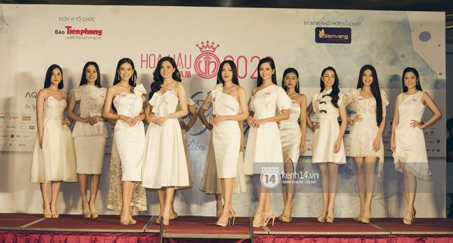 Loạt ảnh bóc hình thể thật của top 60 Hoa hậu Việt Nam 2020 trước đêm bán kết: Có thí sinh lộ body không như mơ! - Hình 3