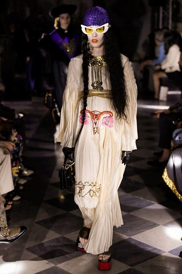 Váy cho đàn ông và loạt thiết kế gây tranh cãi của nhà mốt Gucci - Hình 9