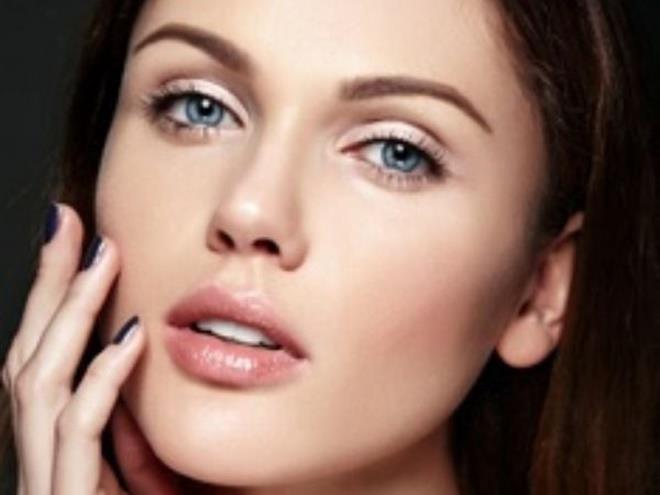 Mẹo hay giúp giảm bớt tình trạng thâm môi - Hình 4
