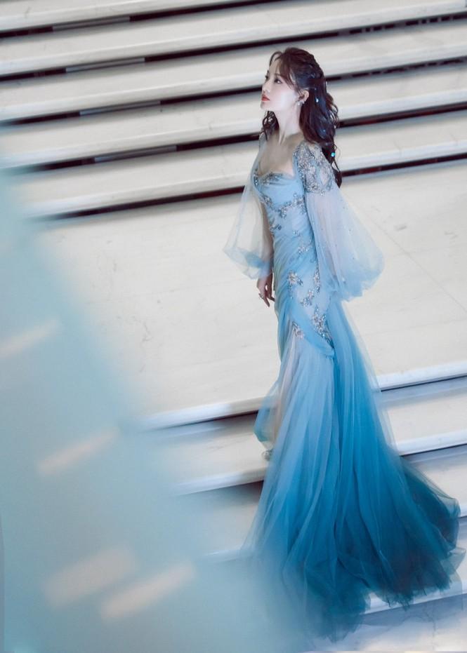 Loạt mỹ nhân Hoa ngữ khoe sắc vóc cực phẩm tại sự kiện Lễ độc thân - Hình 7