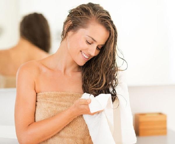 Quy tắc dùng kem xả để mái tóc bồng bềnh, không bị bết - Hình 3