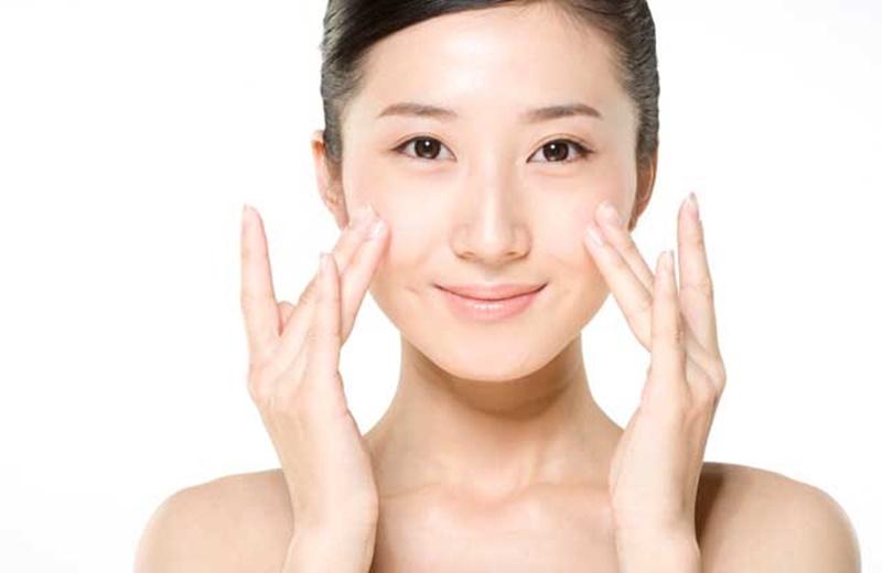 8 bước dưỡng da ban ngày của phụ nữ Hàn Quốc - Hình 5