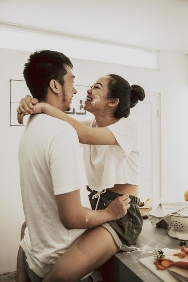 Chỉ cần người chồng có 3 biểu hiện âm thầm nhưng cực đắt giá này, chúng chính là điềm báo may mắn cho hạnh phúc mỹ mãn cả đời của bạn đấy - Hình 2