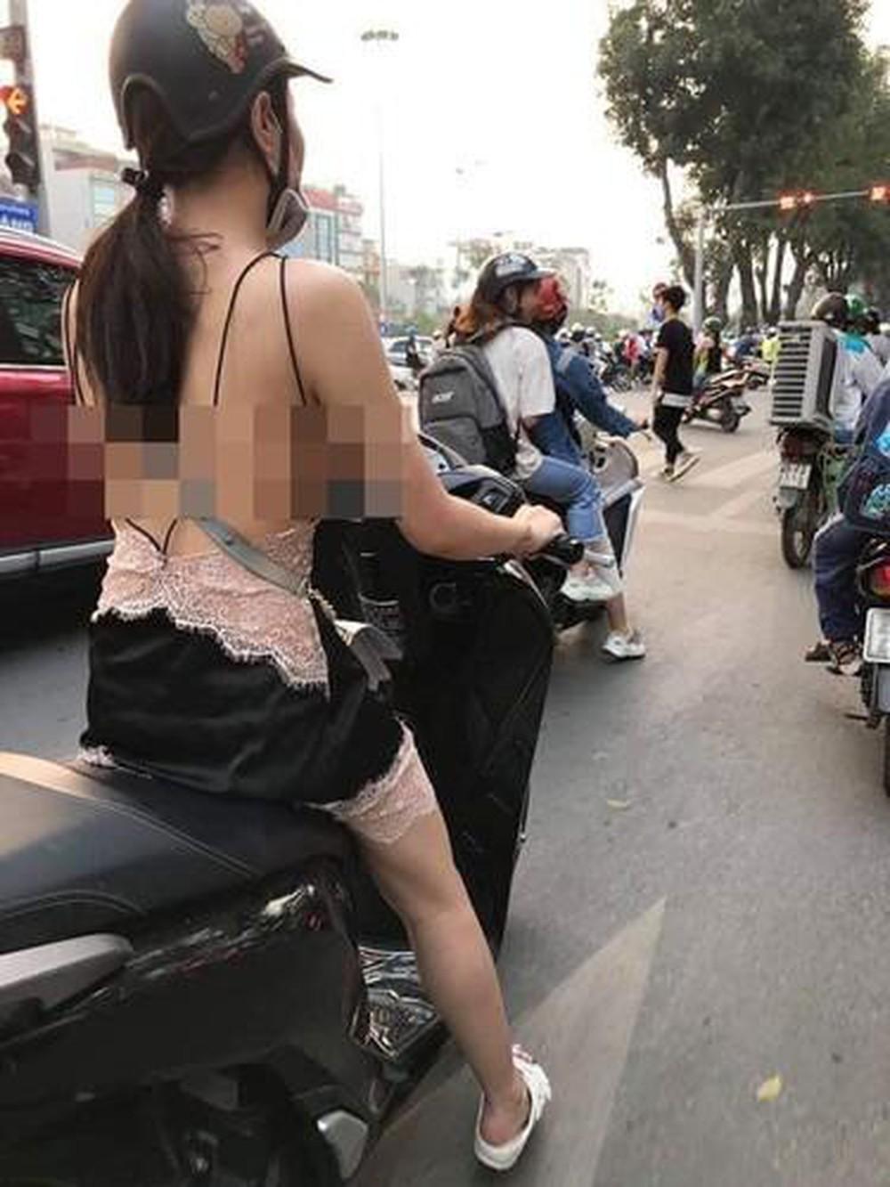 Nhận hàng online, khách nữ ăn mặc hớ hênh khiến shipper ái ngại - Hình 7