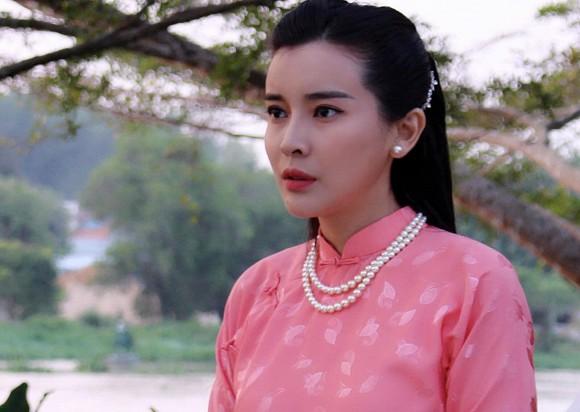 Cao Thái Hà đăng loạt ảnh diện bikini, fan trầm trồ: Đẹp đau tim luôn - Hình 9