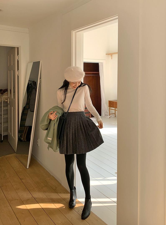 4 kiểu váy ngắn cực hợp mùa Đông, diện lên đã trẻ ra còn cao thêm ít nhất 5 phân - Hình 14