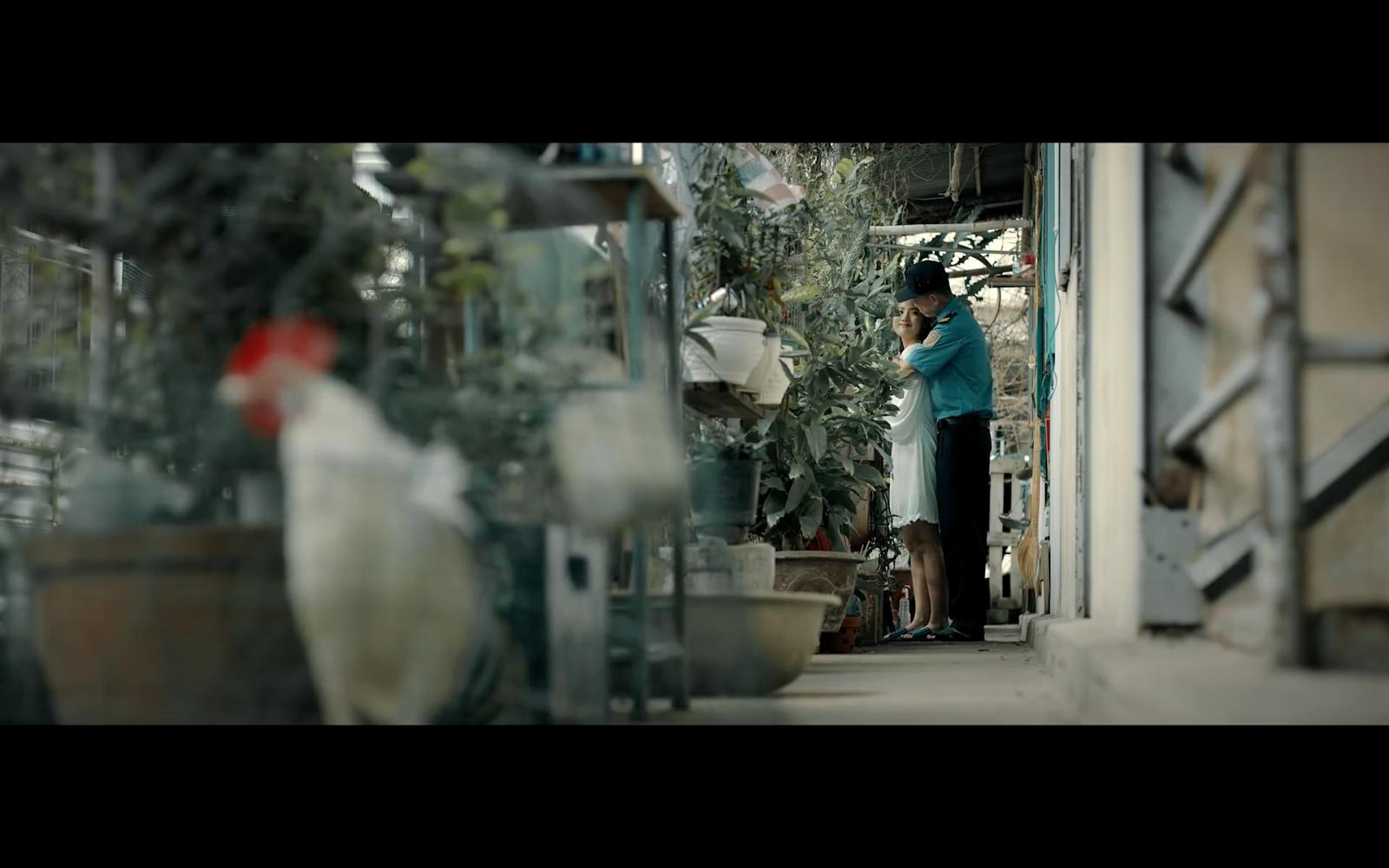 Nối tiếp thành tích của Sầu Hồng Gai, phần 2 với plot-twist không kém phim điện ảnh - Hình 5