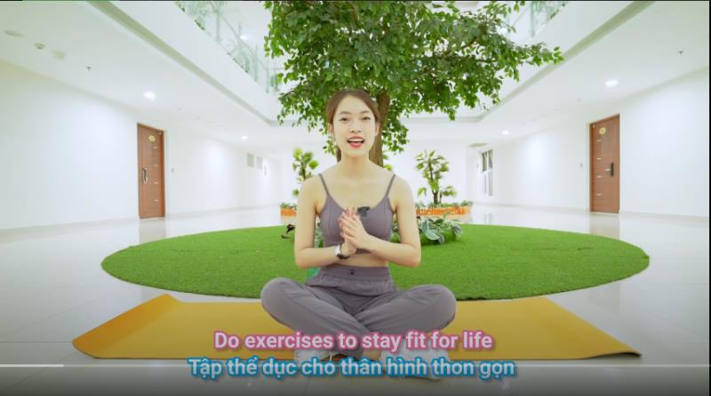 Theo chân hotgirl 7 thứ tiếng Khánh Vy học bí kíp giảm cân, giữ dáng cực chuẩn chỉnh! - Hình 2