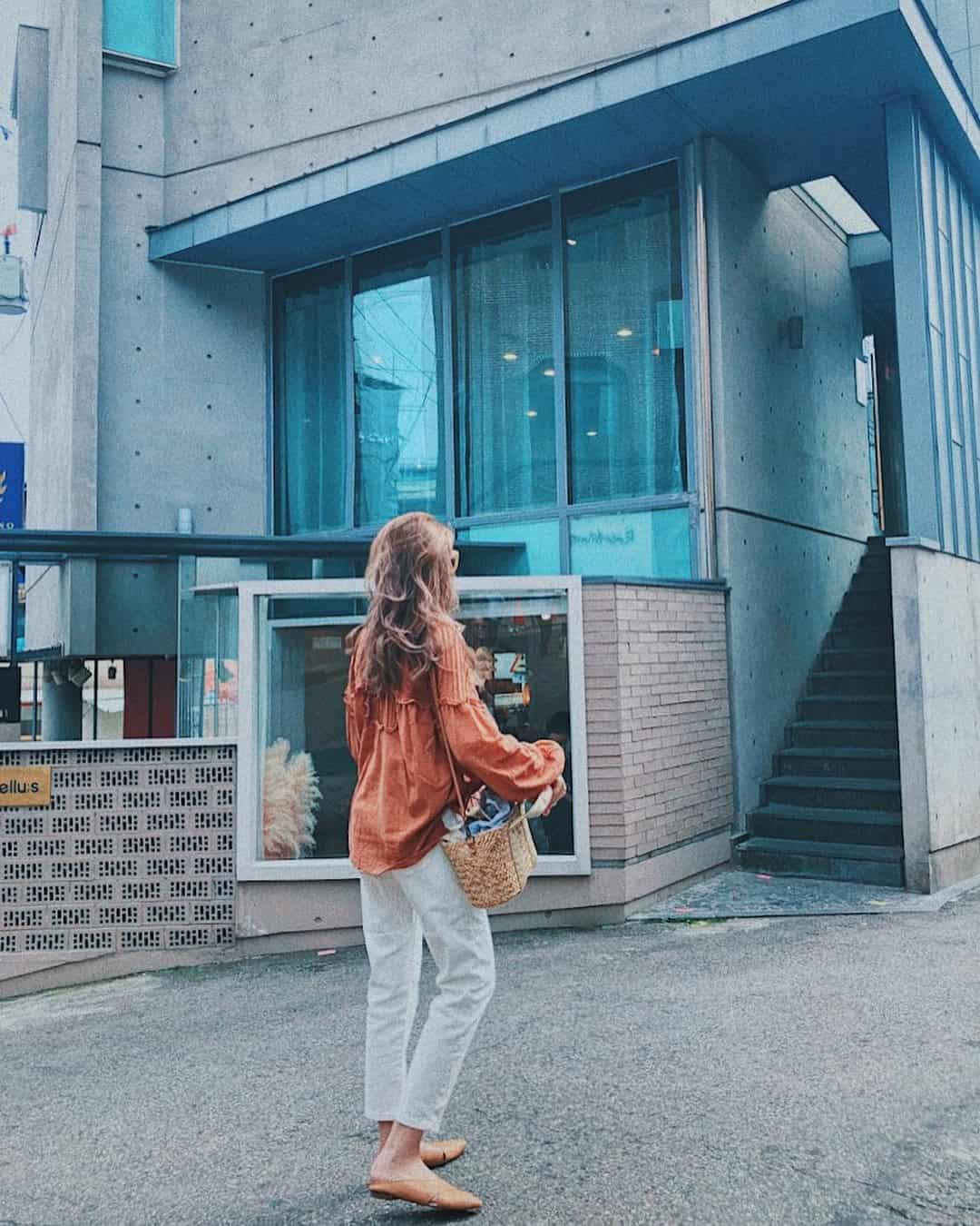 Hari Won gửi tặng dép bệt đắt đỏ tới cả mẹ chồng và mẹ đẻ - Hình 15