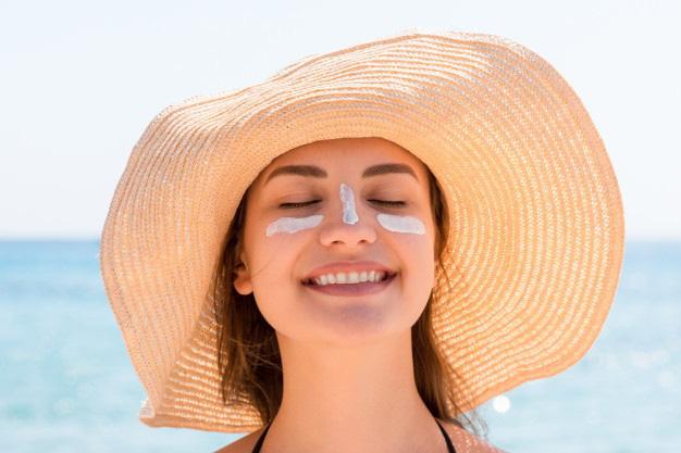 Làn da trong veo: Một trong những xu hướng làm đẹp và trang điểm hot nhất mùa cưới 2020 - Hình 4