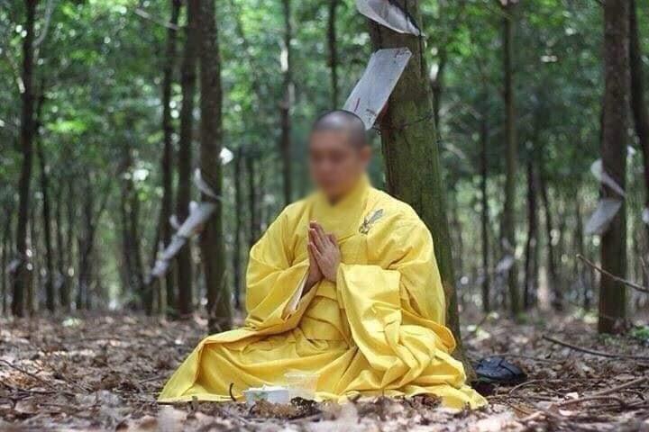 SỐC - Sư thầy Bến Tre lộ ảnh lếu lều trong khách sạn, bị Giáo hội Phật giáo cắt chức - Hình 4