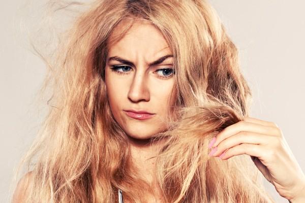 Làm sao để tóc bớt rụng và trông dầy hơn khi nhuộm - duỗi - uốn quá nhiều? - Hình 1