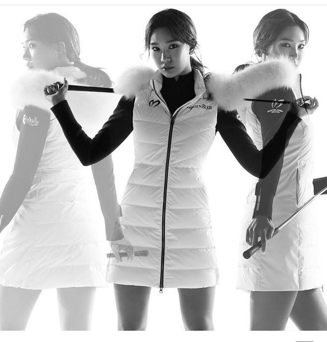 Nữ thần golf xứ Hàn khốn khổ vì sở hữu thân hình nóng bỏng - Hình 16