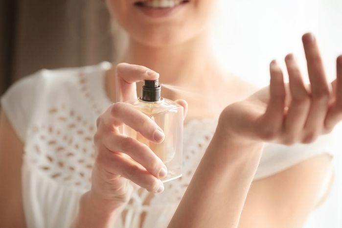Sai lầm khi dùng nước hoa chẳng được thơm lâu còn gây phản tác dụng - Hình 3