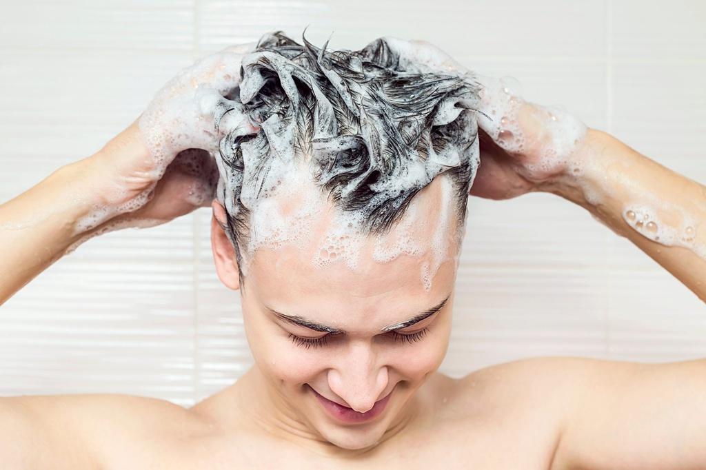 Bí quyết có mái tóc dày dành cho nam giới - Hình 2