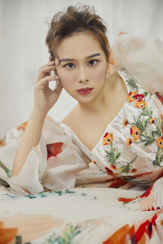 Vừa đạt Á quân Cầu Vồng 2020, MC Tuyết Ngân đã nhận được lời ngỏ từ Đài truyền hình Việt Nam - Hình 3