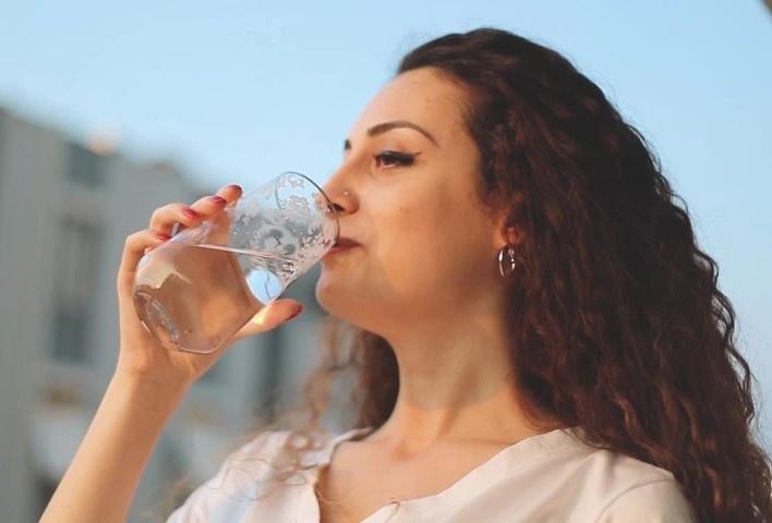 8 thực phẩm giúp dưỡng ẩm cho da - Hình 7