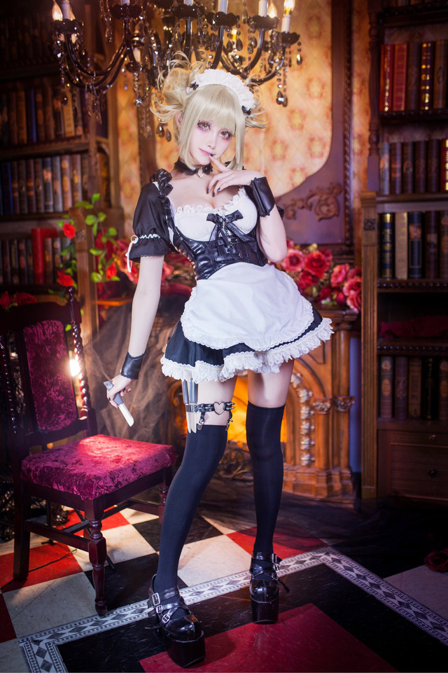 The evil girl wore a maid outfit in My Hero Academia - Photo 2