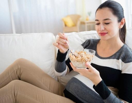 Bí quyết giúp mẹ bầu kiểm soát cân nặng trong thai kỳ để không tăng cân quá nhiều mà con vẫn khỏe mạnh - Hình 2