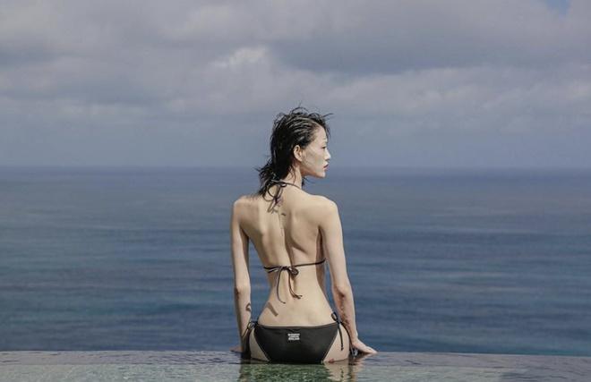Nữ người mẫu từng 5 tuần chỉ uống nước để giảm cân - Hình 1