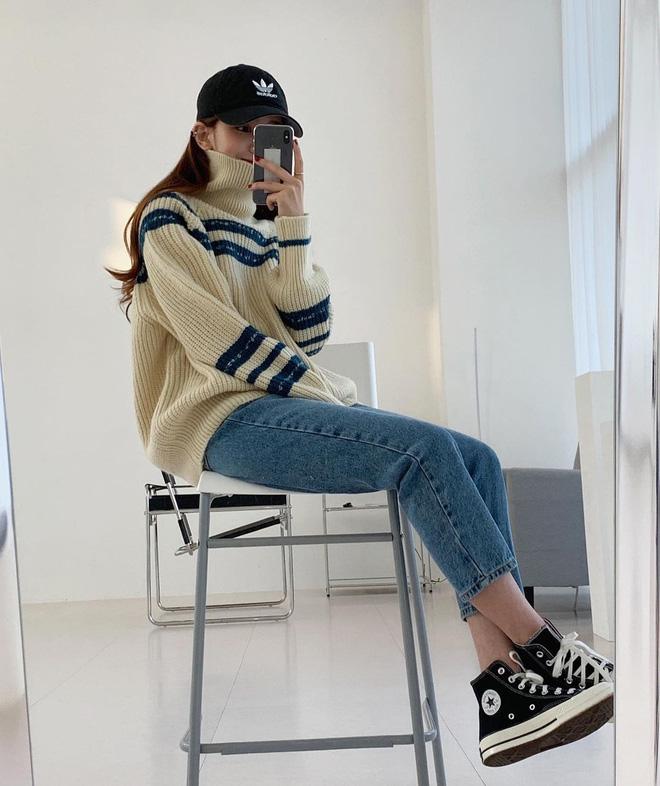 Học gái Hàn cách mix đồ đẹp đỉnh với áo len cổ lọ, lạnh đến mấy cũng sẽ thấy ấm mà vẫn thật trendy - Hình 10