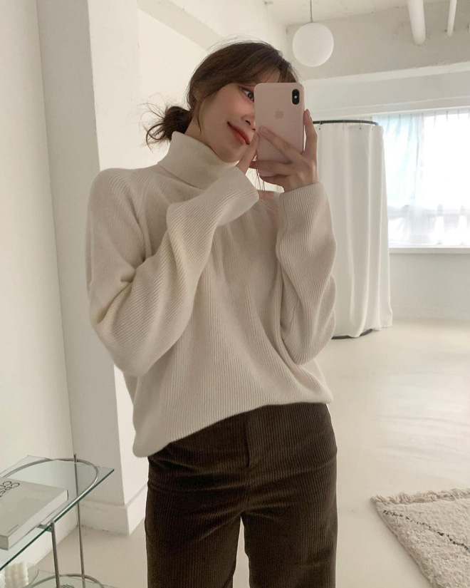 Học gái Hàn cách mix đồ đẹp đỉnh với áo len cổ lọ, lạnh đến mấy cũng sẽ thấy ấm mà vẫn thật trendy - Hình 7