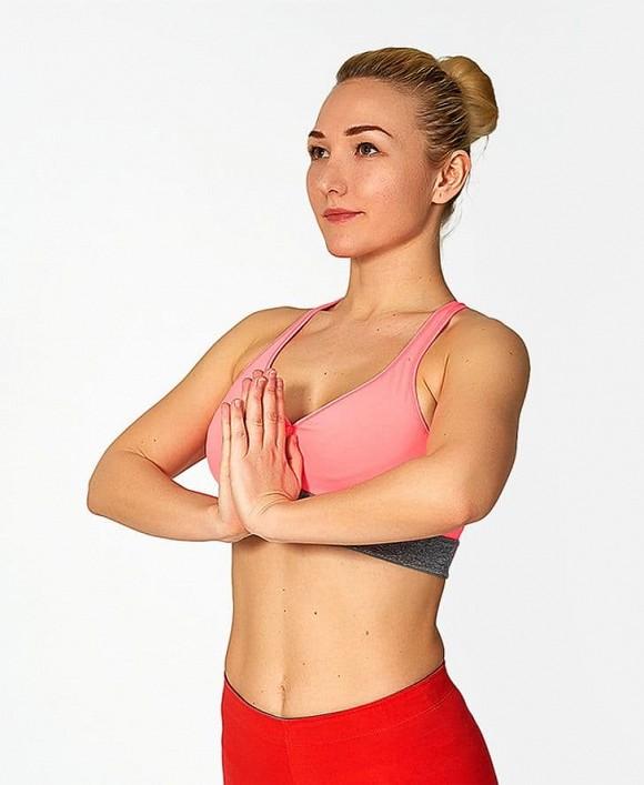 7 bài tập đơn giản để có một bộ ngực đẹp và hấp dẫn - Hình 2