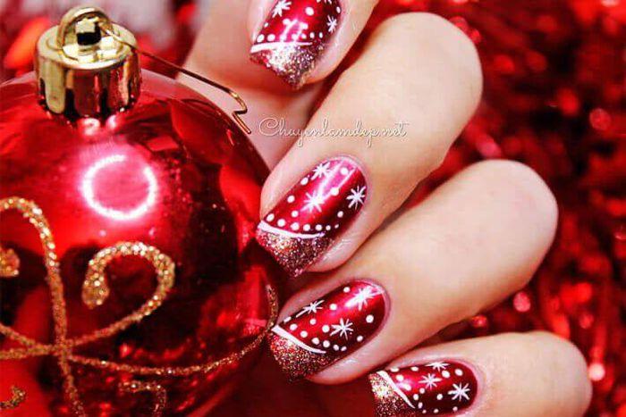 Gợi ý loạt mẫu nail Noel cực xinh cho chị em đi chơi - Hình 2