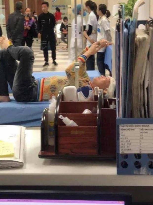 Huấn Hoa Hồng bức xúc lên tiếng việc lộ hình ảnh bị chém: Là bác sĩ, tại sao lại tùy tiện phát tán thông tin bệnh nhân để câu like - Hình 4