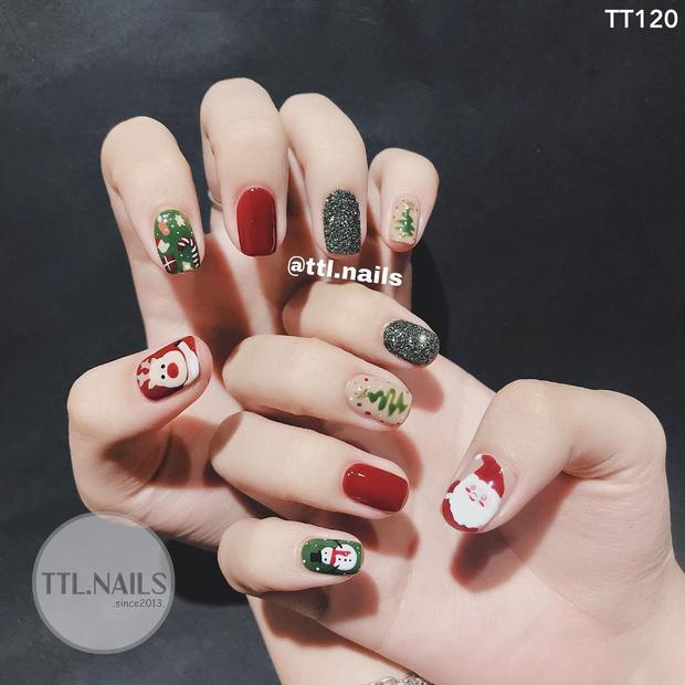 Đón Noel với 10 bộ nail xinh miễn bàn hot hit nhất các tiệm lúc này - Hình 2