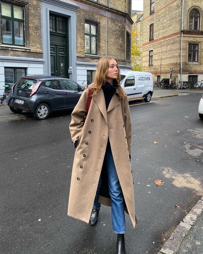 Xem gái Tây diện quần jeans mà thấy được mở mang tầm mắt: 13 cách mặc siêu thanh lịch, xịn đẹp và tôn dáng tối đa - Hình 9