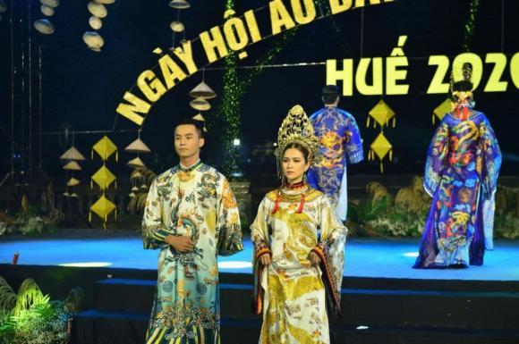 Thùy Trang và Đinh Y Nhung đội Khánh vàng, làm Vedette trong Ngày hội Áo dài Huế - Hình 9