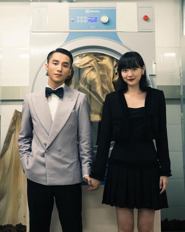 Chỉ từ 138k, chị em sắm được ngay son đỏ sang xịn giống Hải Tú trong MV mới của sếp Tùng - Hình 1