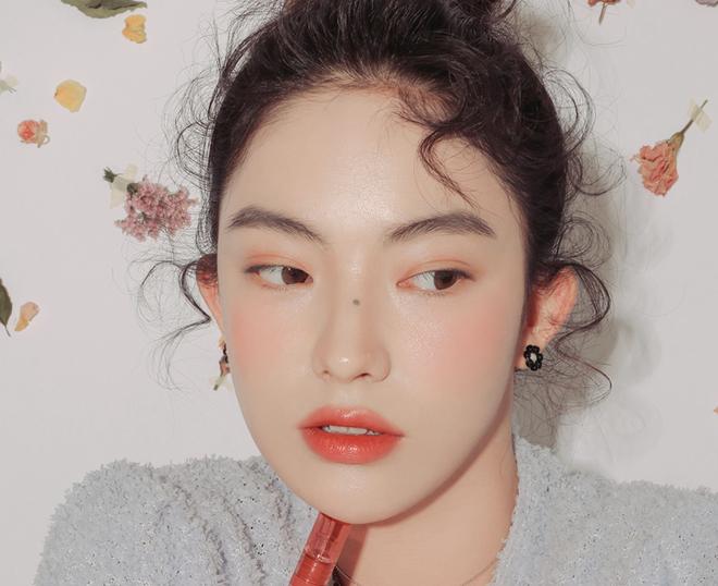 5 thỏi son cực tôn da châu Á, càng đánh càng xinh chị em nên sắm - Hình 12