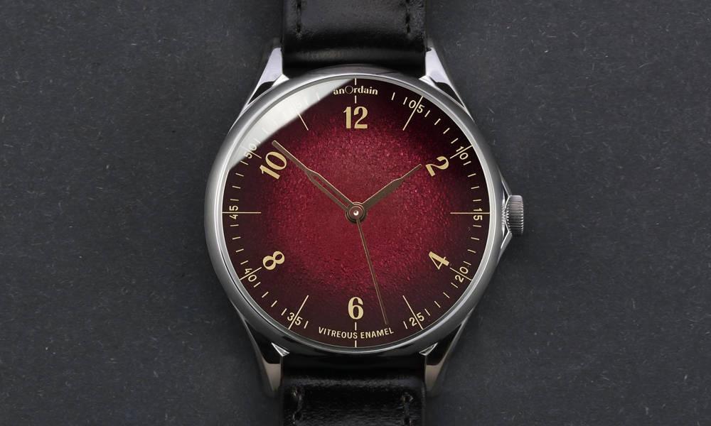 4 mẫu đồng hồ đỏ nên mua vào năm mới - Hình 7