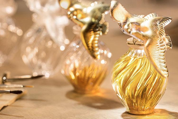 5 loại nước hoa kinh điển của phụ nữ Pháp: Không chỉ thanh lịch, sang xịn mà còn cực tinh tế - Hình 5