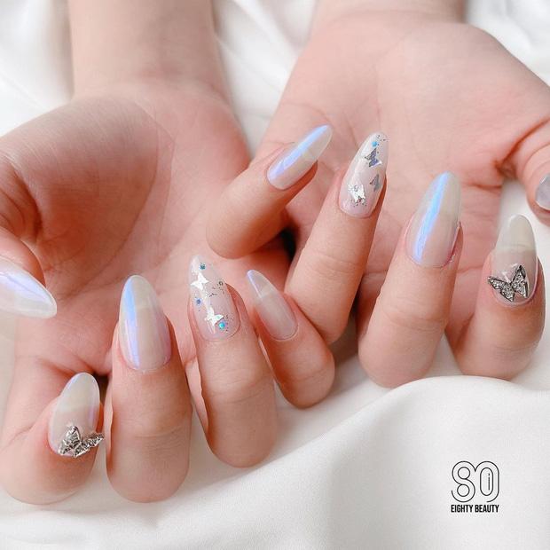 10 mẫu nail max xinh ở các tiệm lúc này, chị em diện đón năm mới là chuẩn bài - Hình 6