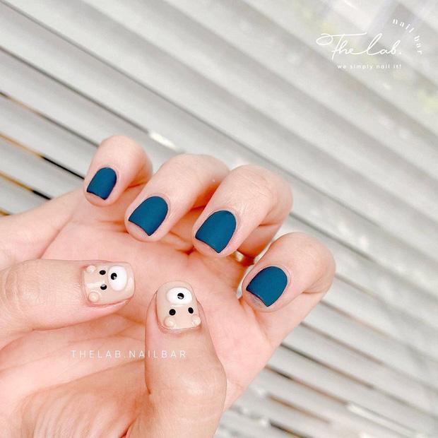 10 mẫu nail max xinh ở các tiệm lúc này, chị em diện đón năm mới là chuẩn bài - Hình 9