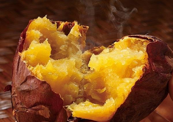 Những loại thực phẩm giúp dưỡng ẩm da vào mùa đông - Hình 2