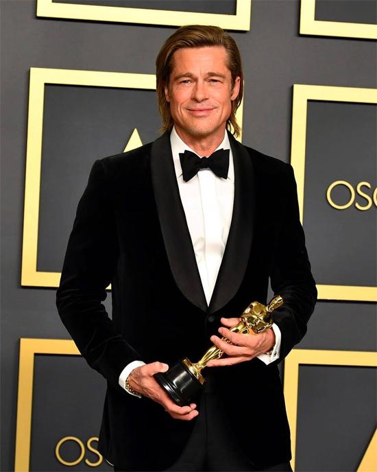 Oscar - đêm chiến thắng và ấm nồng tình bạn của Brad Pitt - Hình 1