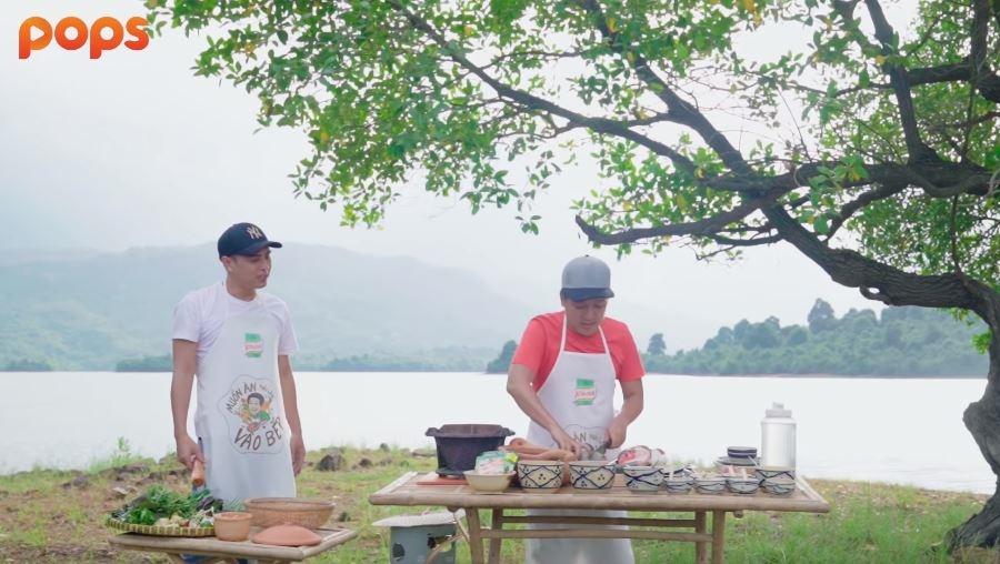 Thánh không cảm xúc Hồ Quang Hiếu trổ tài săn cá cùng Trường Giang giữa đảo hoang - Hình 4