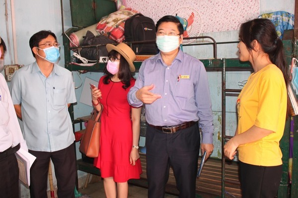5 trường ĐH tiếp tục cho nghỉ thêm 1 tuần tránh dịch Covid-19 - Hình 1