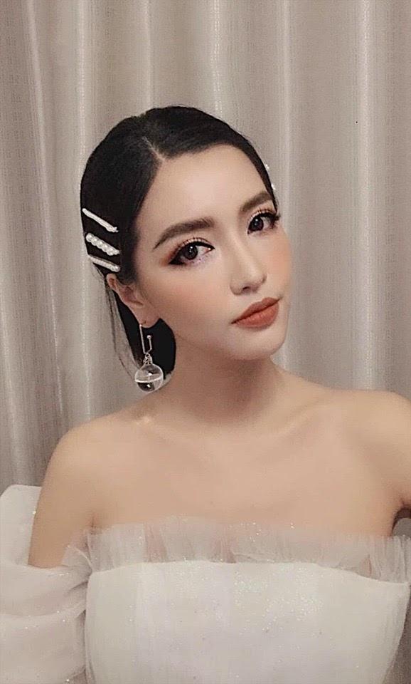 Bích Phương, Jun Vũ, Quỳnh Lương cùng các sao nữ showbiz Việt phát sốt trước hot trend mới - Hình 2
