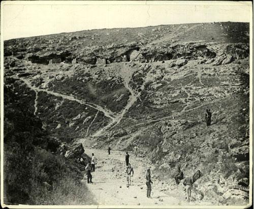 Đau thướng trước chùm ảnh chiến tranh ở Crimea những năm 1850 - Hình 1