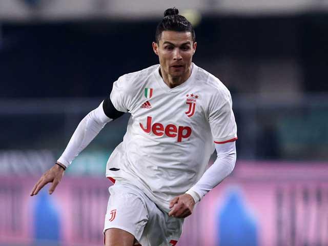 Ronaldo thăng hoa rực rỡ tuổi 35: Giá trị cao gấp 12 lần người đứng sau - Hình 1
