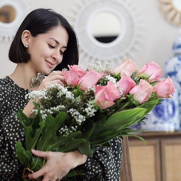 Chấp nhận xuống mã để sinh con, Mỹ nhân đẹp nhất Philippines được chồng dành điều bất ngờ trong ngày Valentine - Hình 1