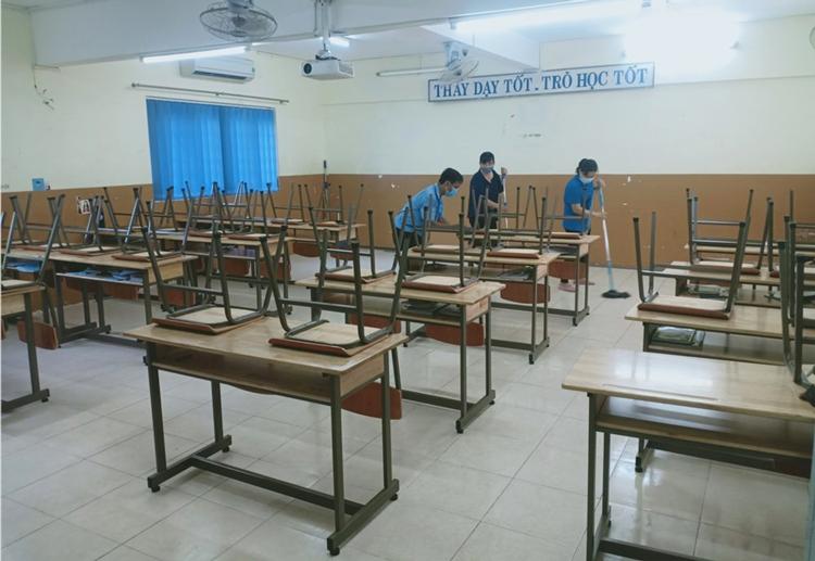 Học sinh TP HCM nghỉ hết tháng 2 - Hình 1
